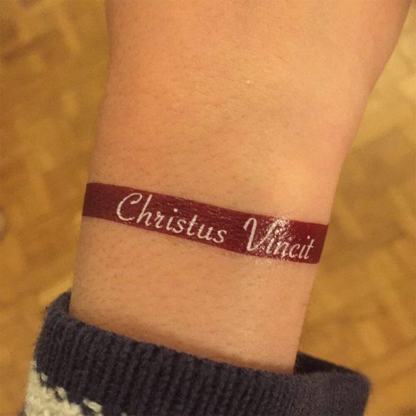 tatouage christus vincit